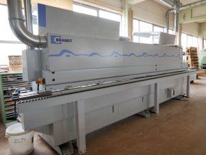 kantenanleimmaschine 1 300x225 - Maschinenpark